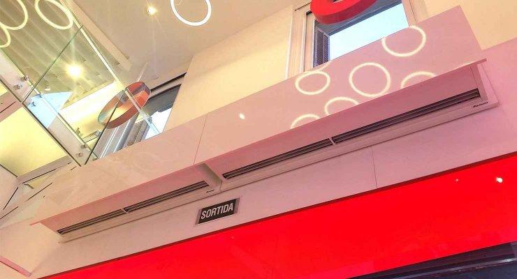 Vodafone store in Barcelona.jpg