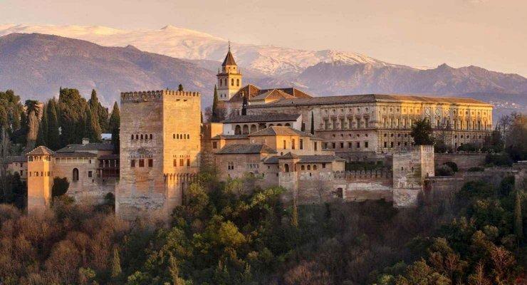 Alhambra in Granada.jpg