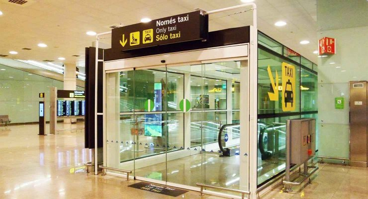 El Prat airport in Barcelona.jpg