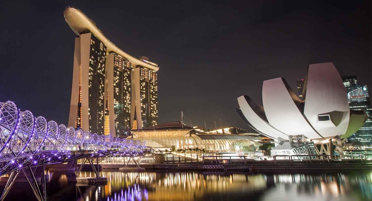 Marina-Bay-Sands-in-Singapore.jpg