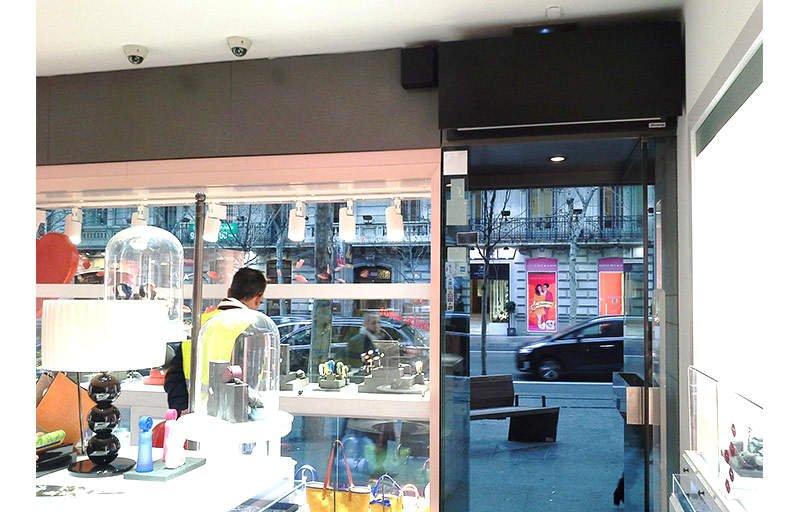 Instalaciones relevantes de cortinas de aire airt cnics - Joyeria calle serrano ...